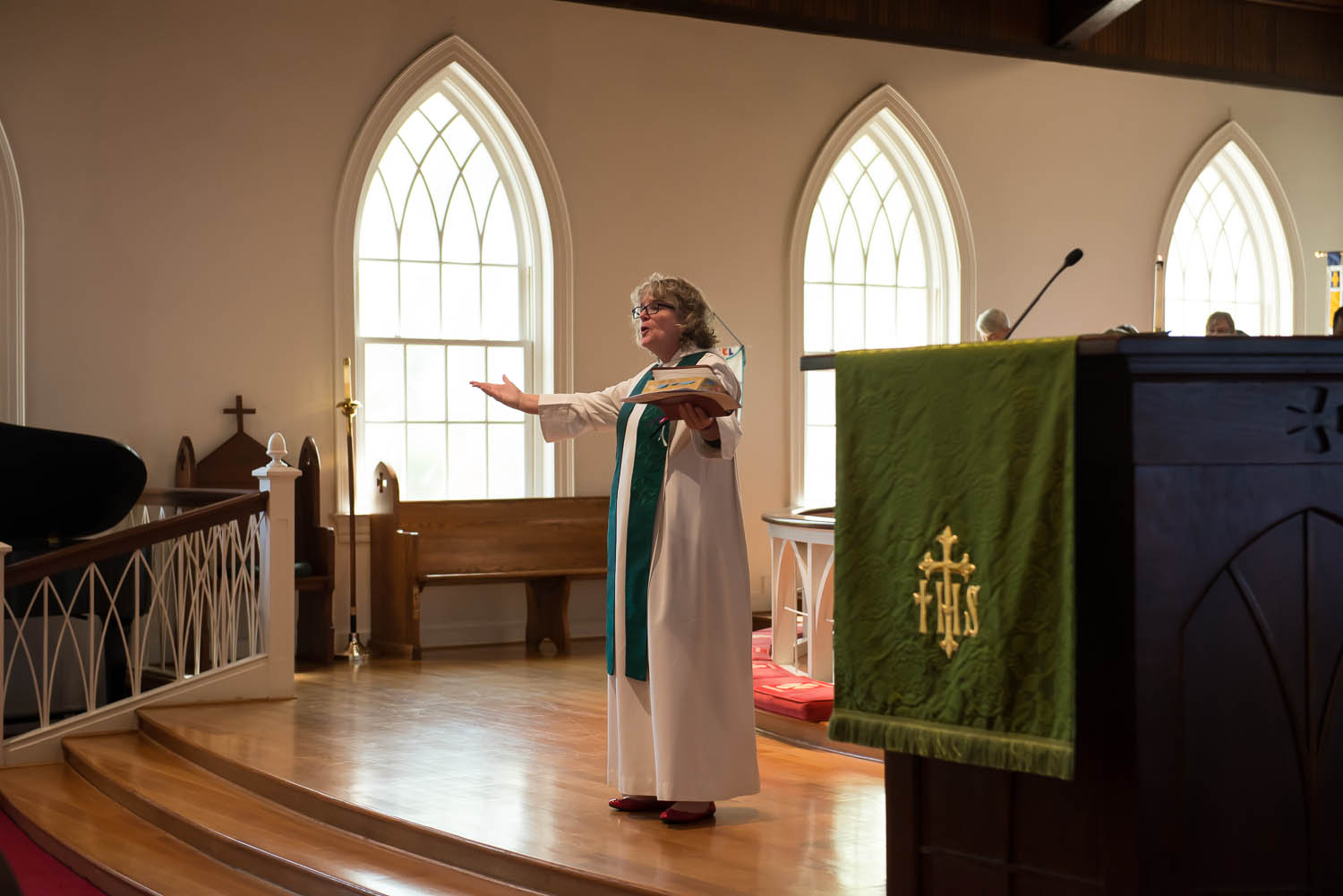 """Joani Peacock speaks to the congregation at Emmanuel Episcopal Church in Alexandria, Va., where she serves part-time as a priest associate Sunday, Sept. 28, 2014. Peacock writes a blog called """"Orthodox and Unhinged: Tales of a Manic Christian,"""" about her experience as a clergyperson with bipolar disorder."""