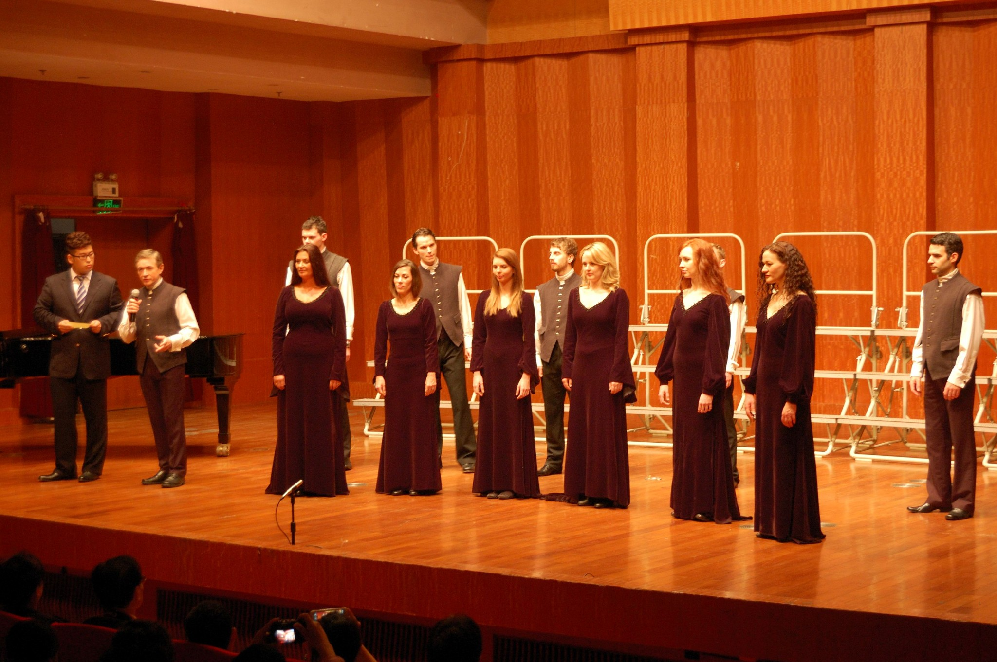 Workshop & Presentation at the Shanghai Conservatory, 2012 : Image Rogier Janssen