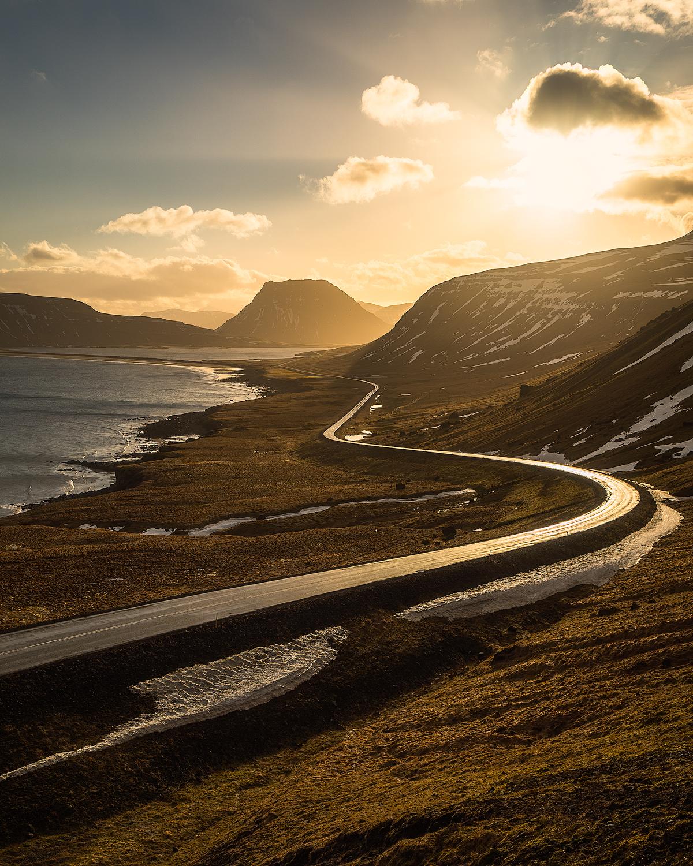 Golden-Road-to-Kirkjufell-copy.jpg