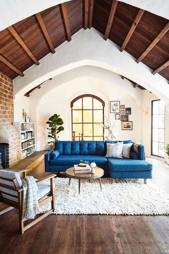 10 Epic Living Rooms for Luxurious Lounging