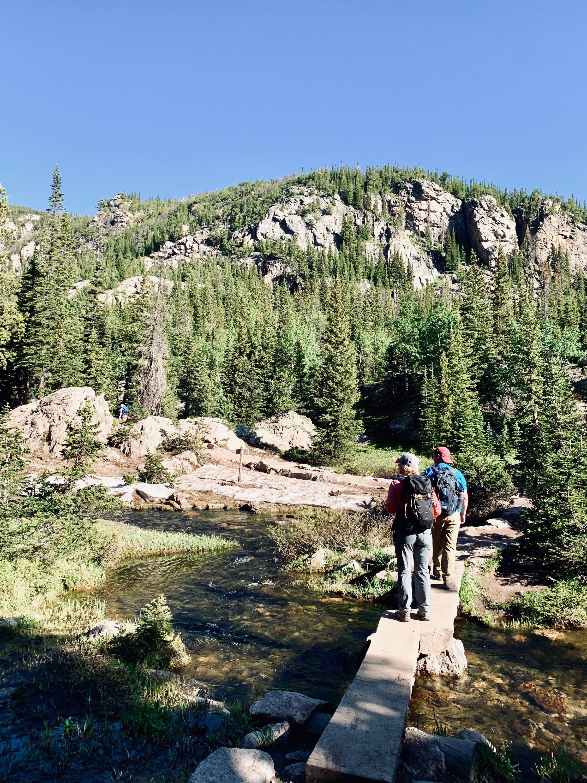 Hike to Emerald Lake via Dream Lake