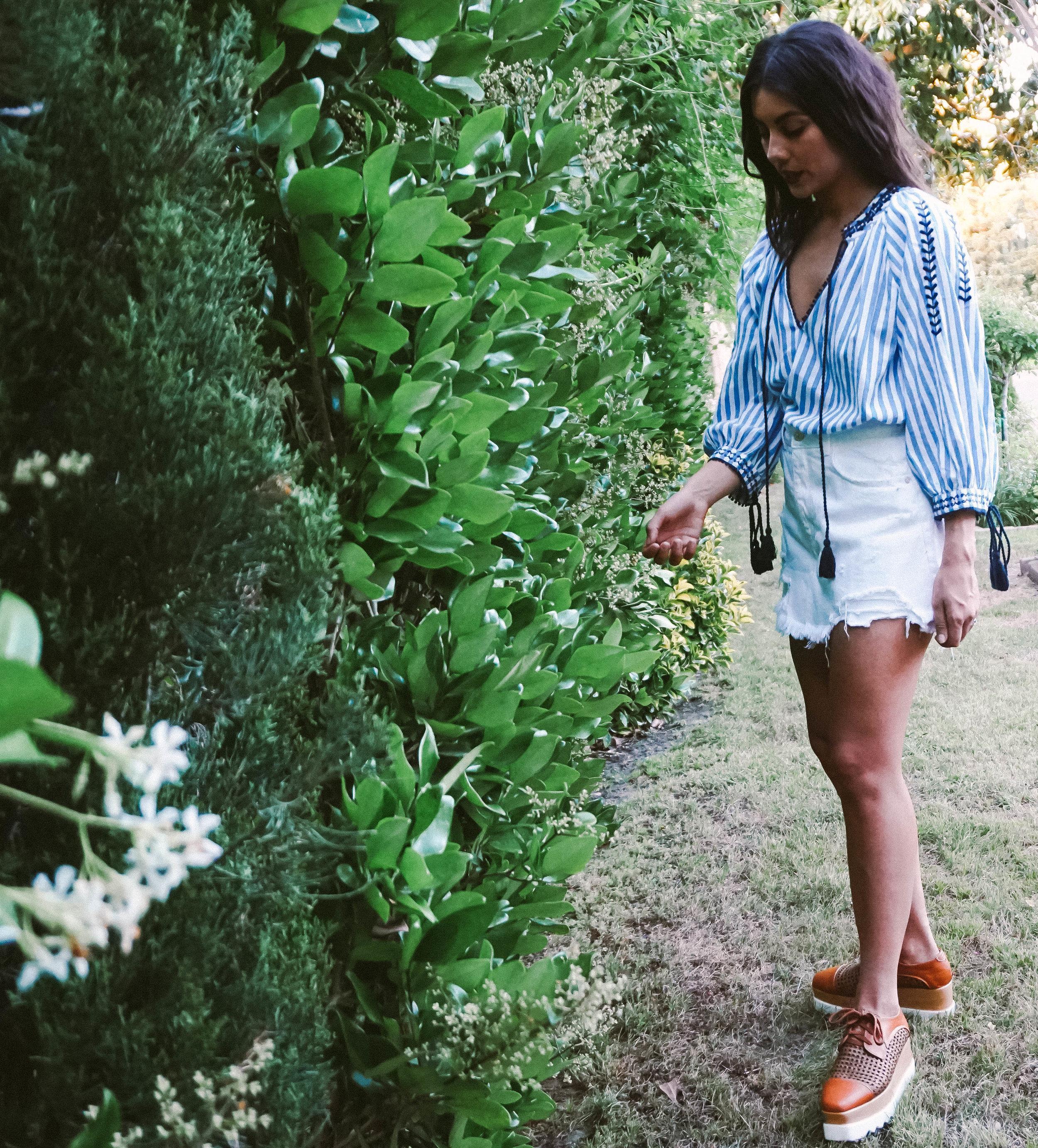 Memorial Day look - striped tunic - white denim skirt 7