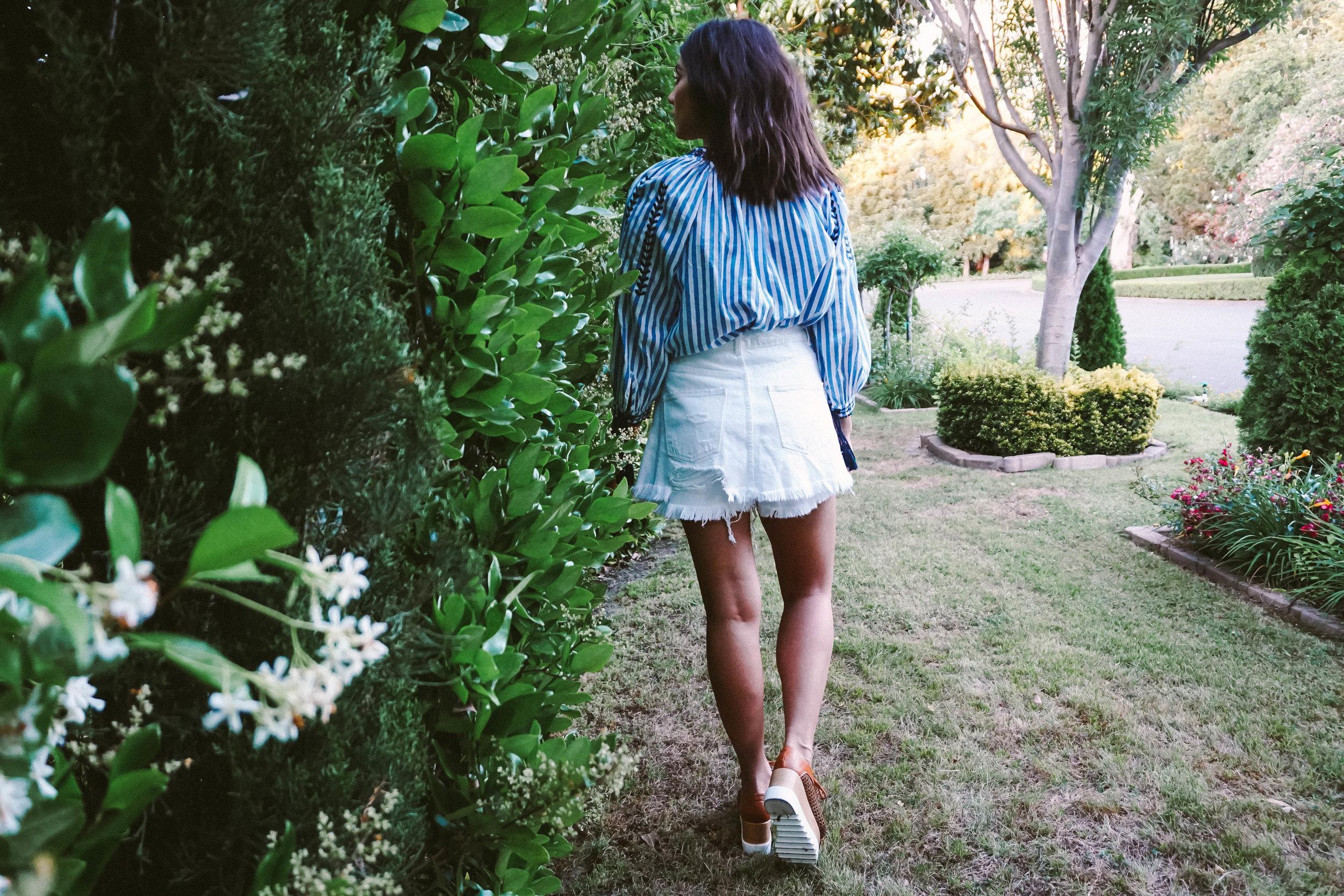Memorial Day look - striped tunic - white denim skirt 8