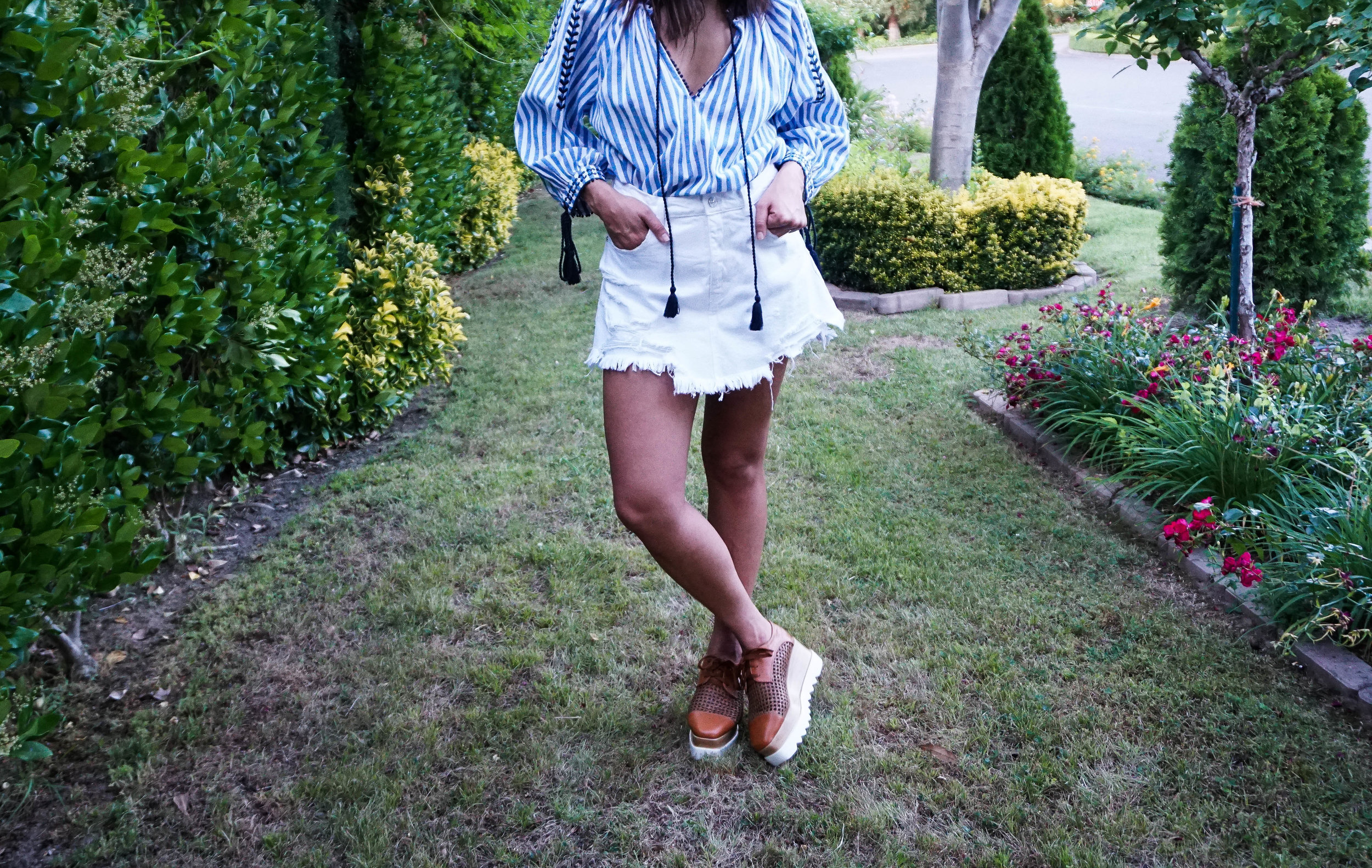 Memorial Day look - striped tunic - white denim skirt 9