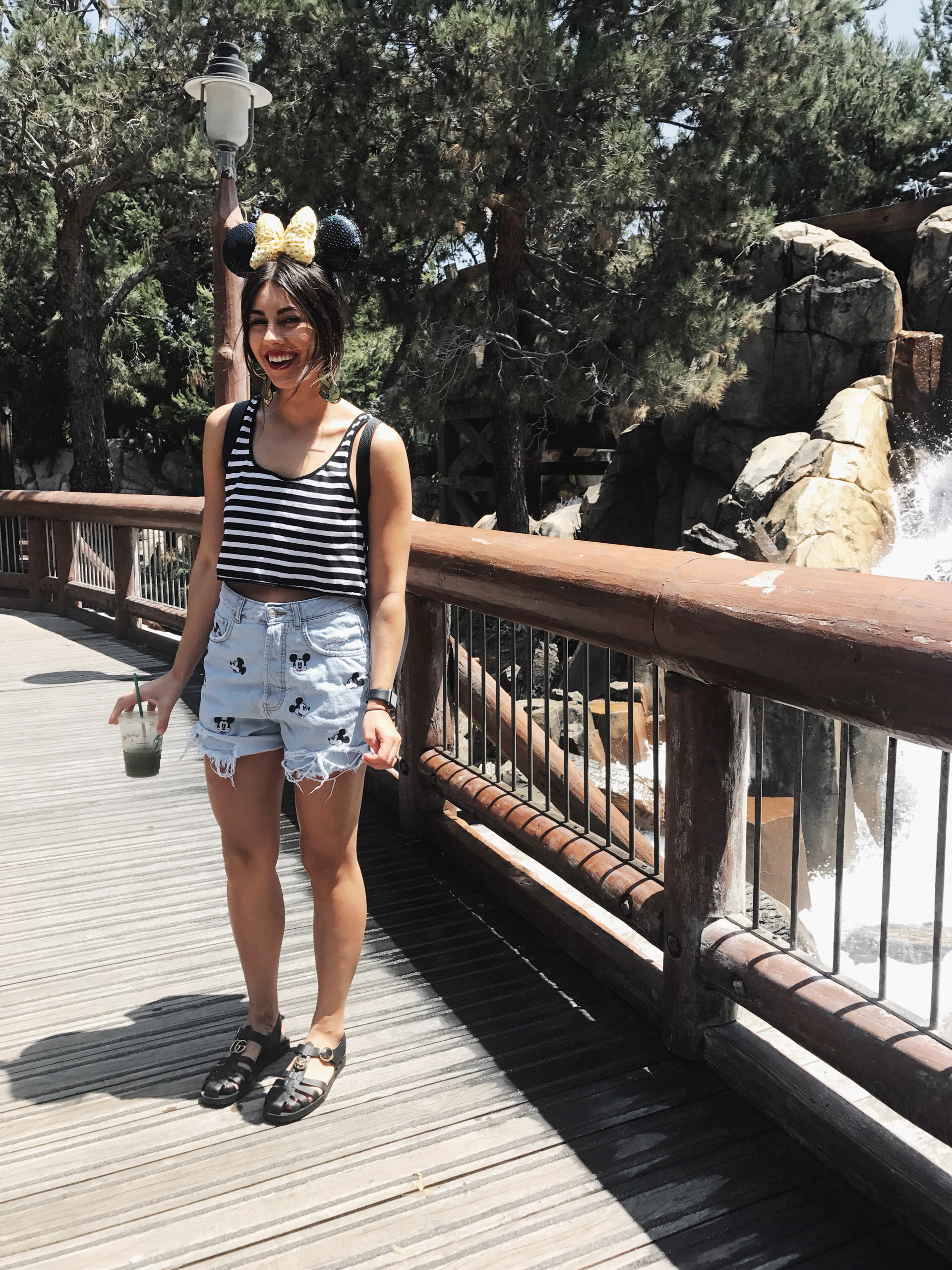 What to Wear to Disneyland In Summer