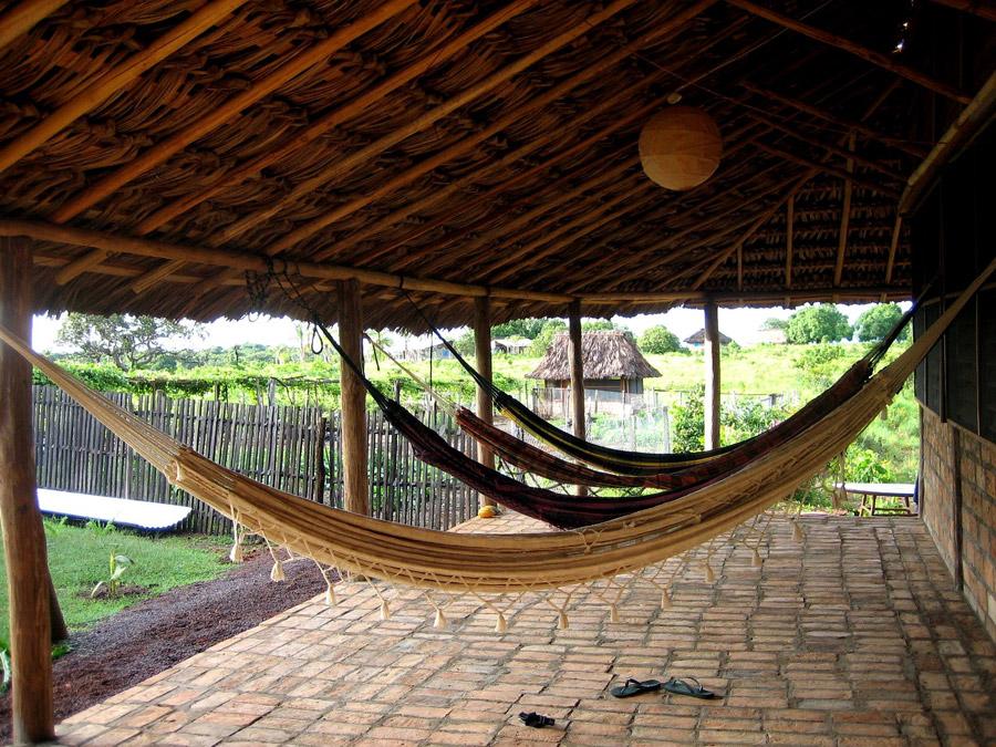 2007_caimanhouse_hammocks.jpg