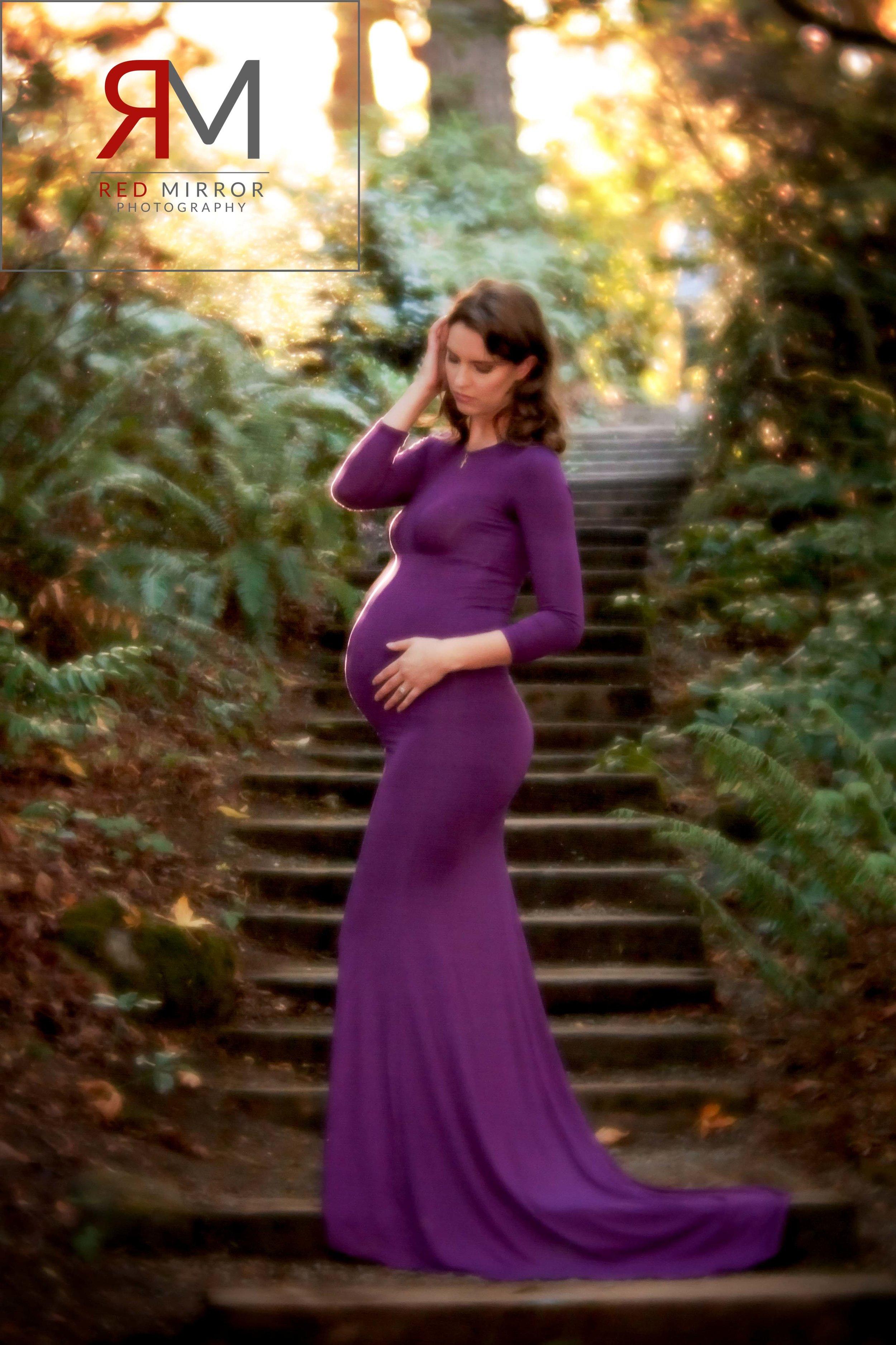 Seattle maternity photographer.jpg