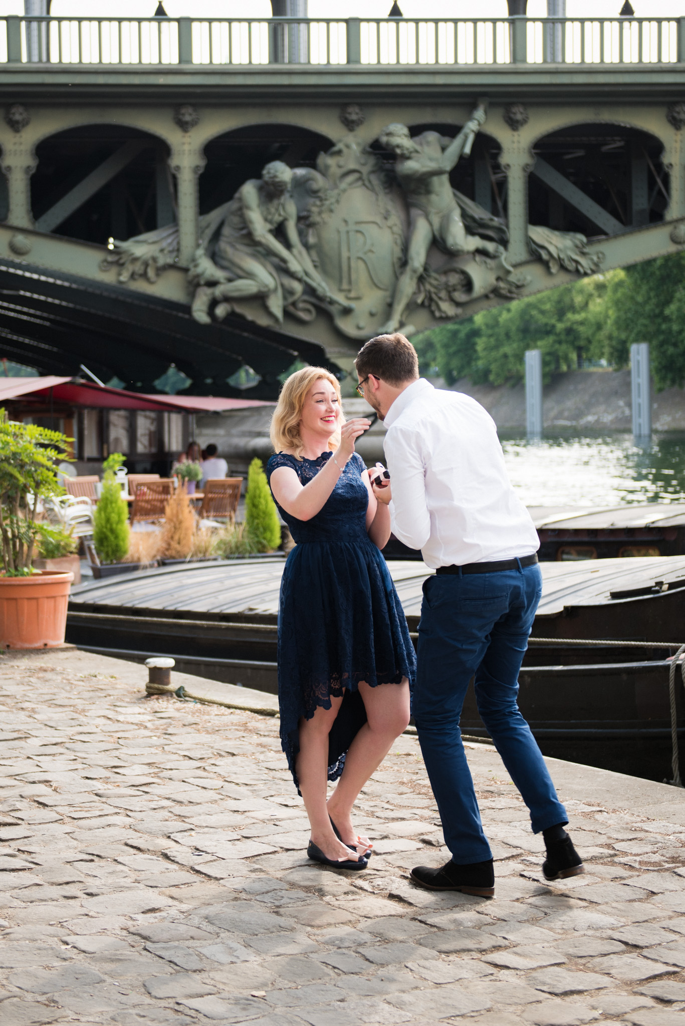 Proposal in Paris by Paris photographer Shantha Delaunay.jpg