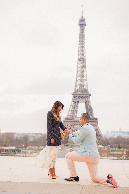 Paris surprise porposal photo session for Mike & Johana-14.jpg