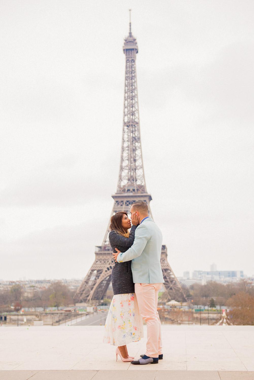 Paris surprise porposal photo session for Mike & Johana-18.jpg