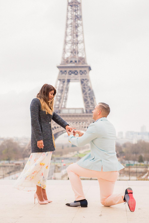 Paris surprise porposal photo session for Mike & Johana-25.jpg