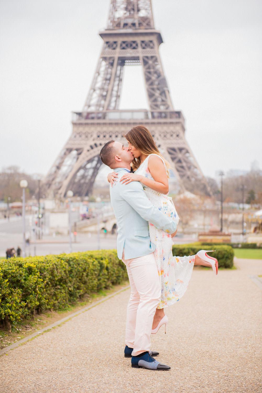 Paris surprise porposal photo session for Mike & Johana-83.jpg