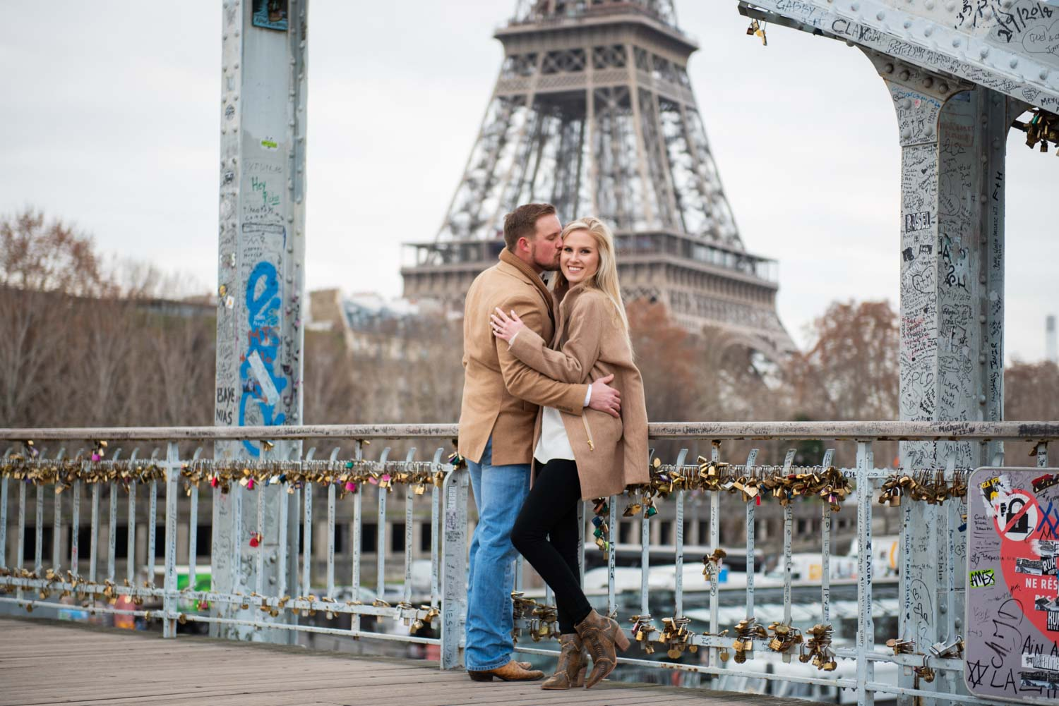 Paris engagement photograph
