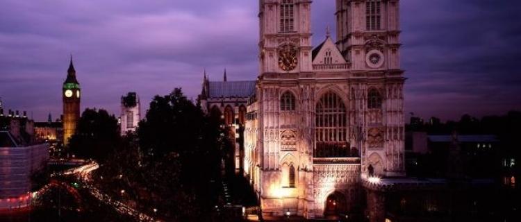 westminster-abbey-abbey-night-58b82933bdb48354a41a01f30eeb7767.jpg