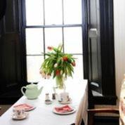 Tearoom-vase3.jpg