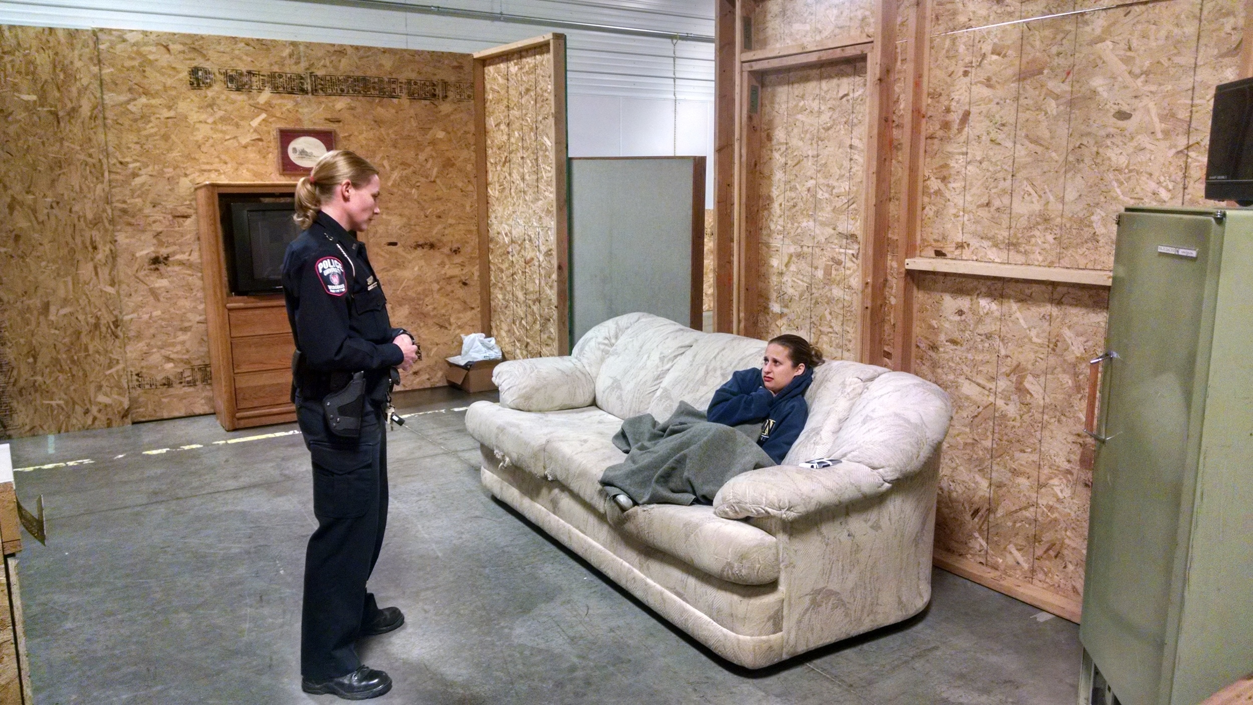 Madison Police Department and NAMI Dane CIT: Role Play de-esclation Scenarios, Dec. 2015