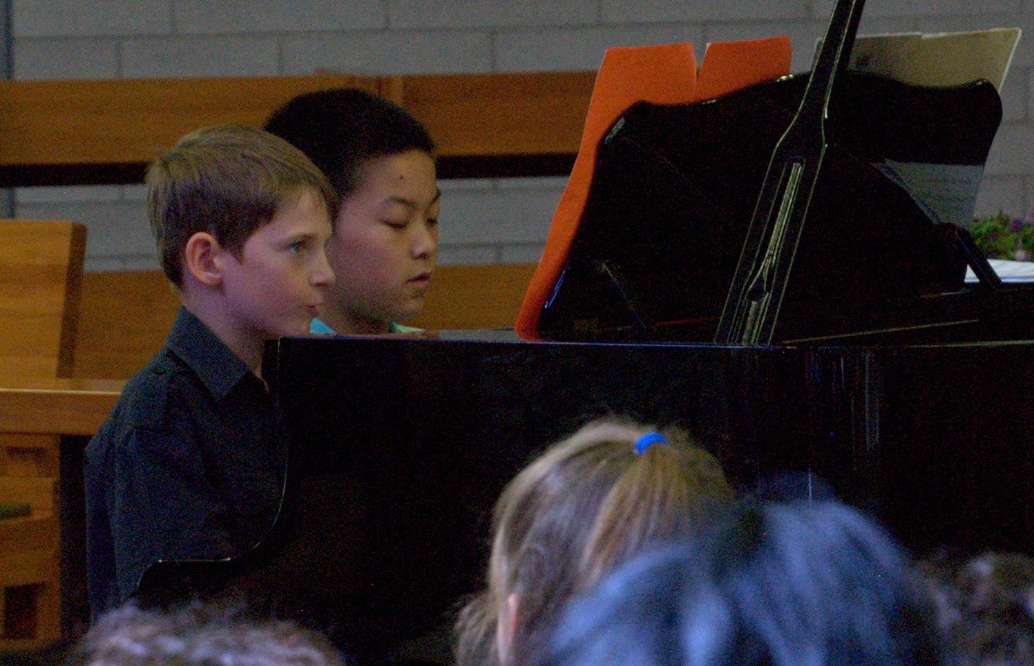 x_Piano_boys.jpg