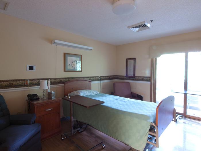 patients room 1.jpg