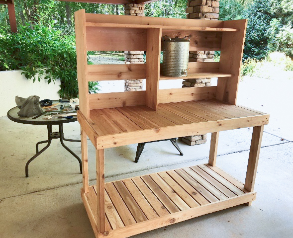 potting bench.jpg