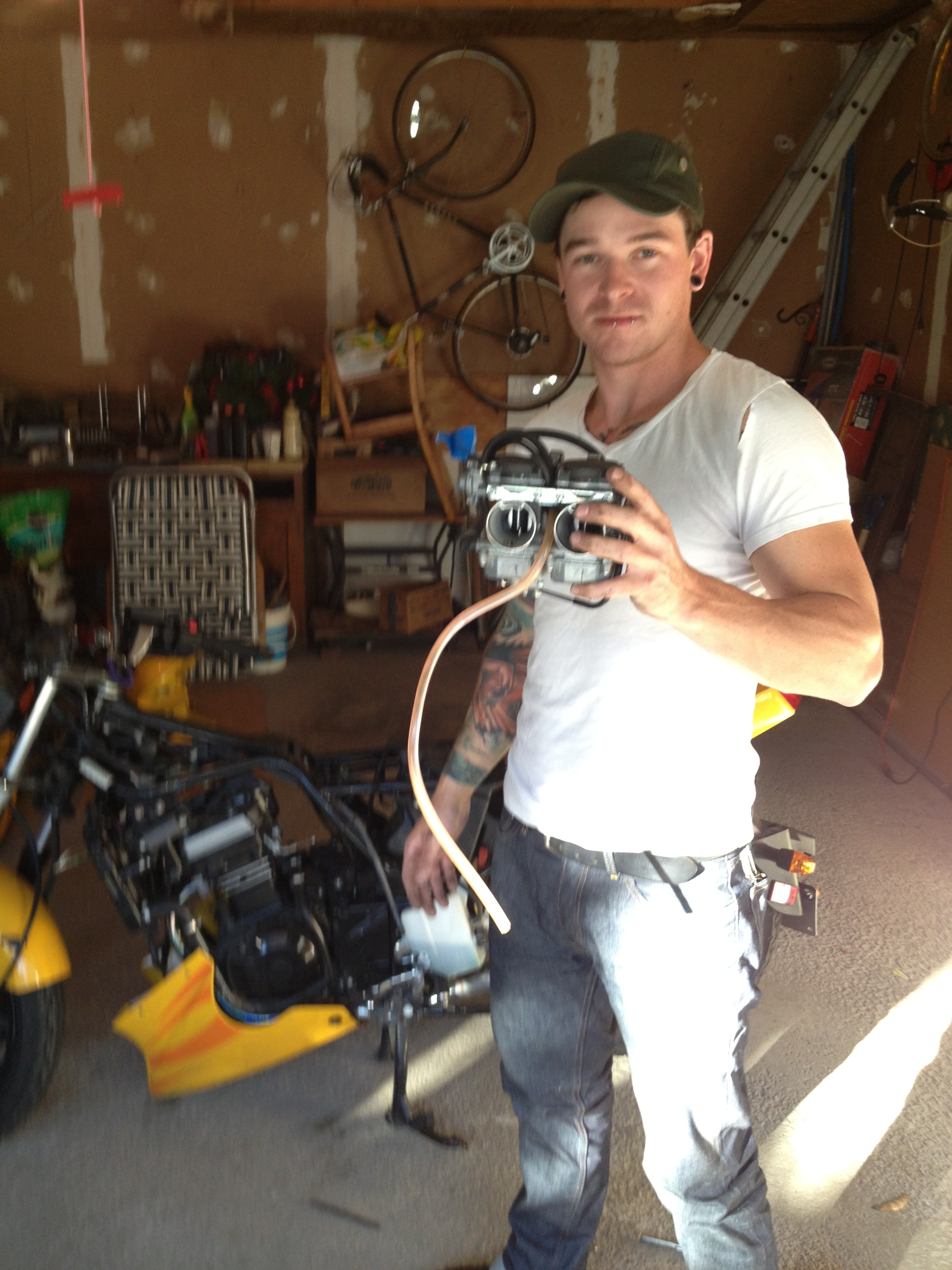 Carb tune up on my sweet Kawasaki 250.  So cool.  Extremely cool.