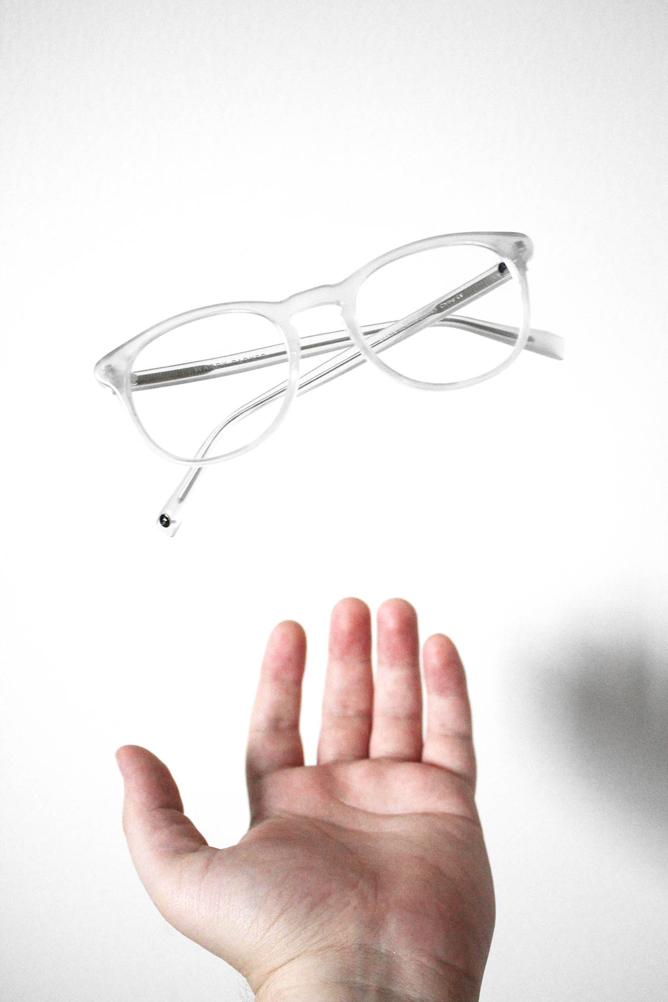 Unique Feature #12: Warby Parker frames also levitate