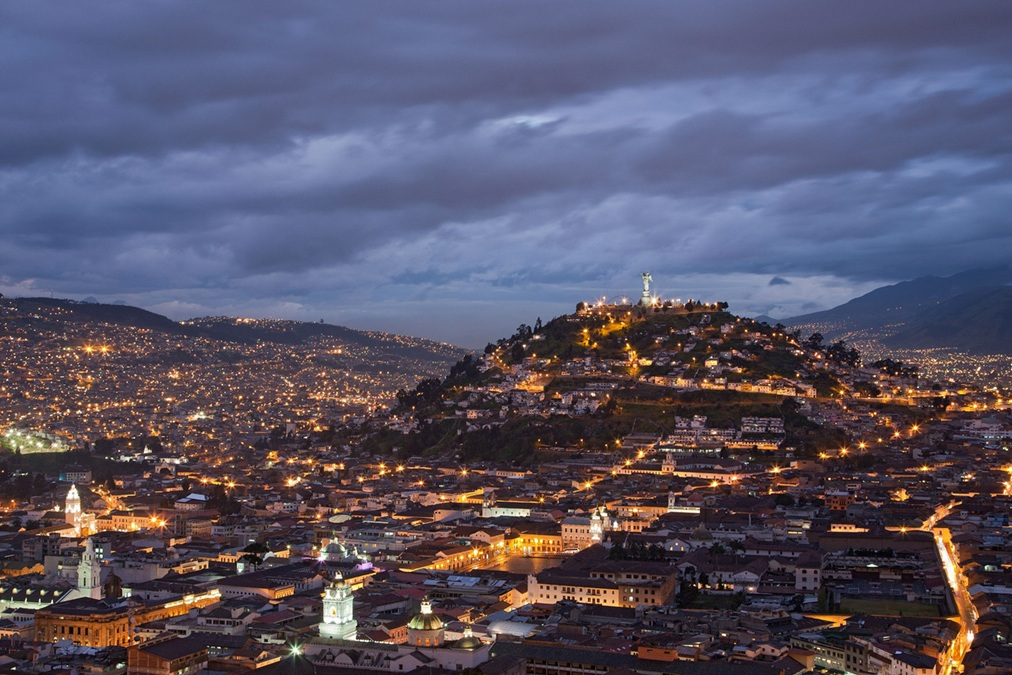 Quito+at+Night.jpg