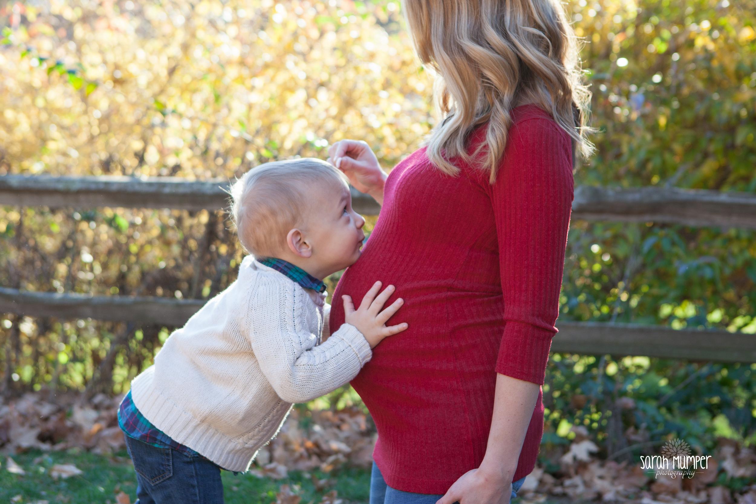 {Larissa Rutter's Maternity Session}-31.jpg