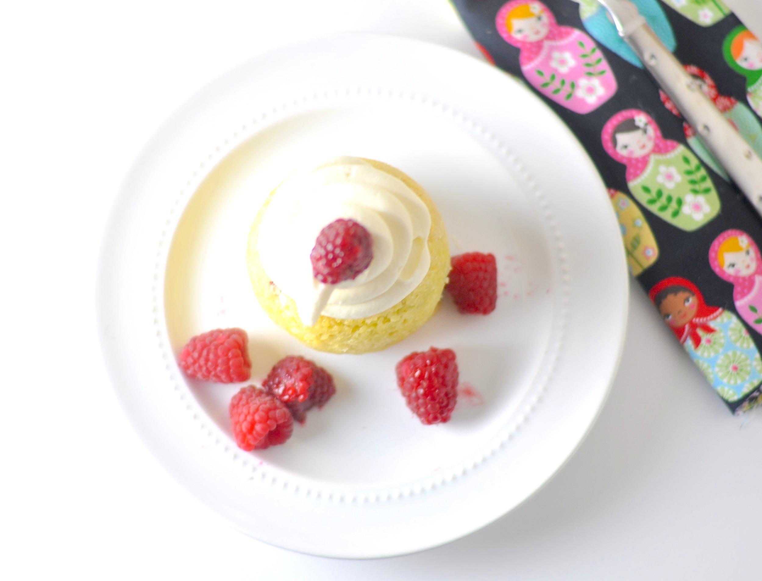 raspberry cream cheese mug cake 2