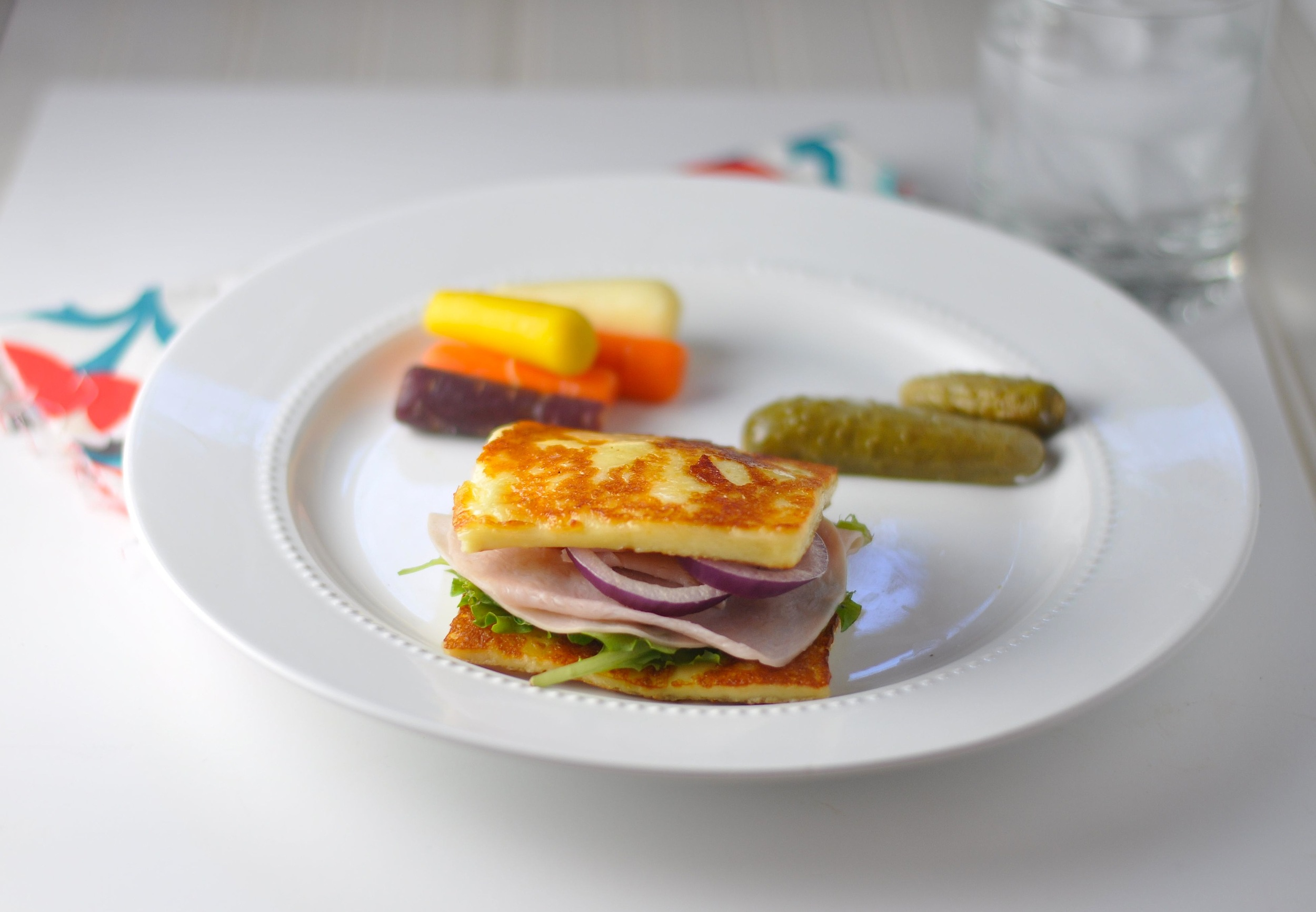 low carb halloumi sandwich