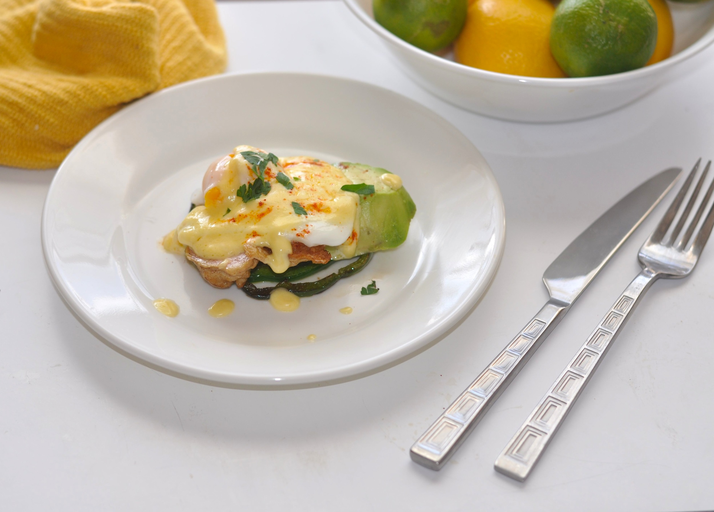 Low Carb Southwestern Eggs Benedict