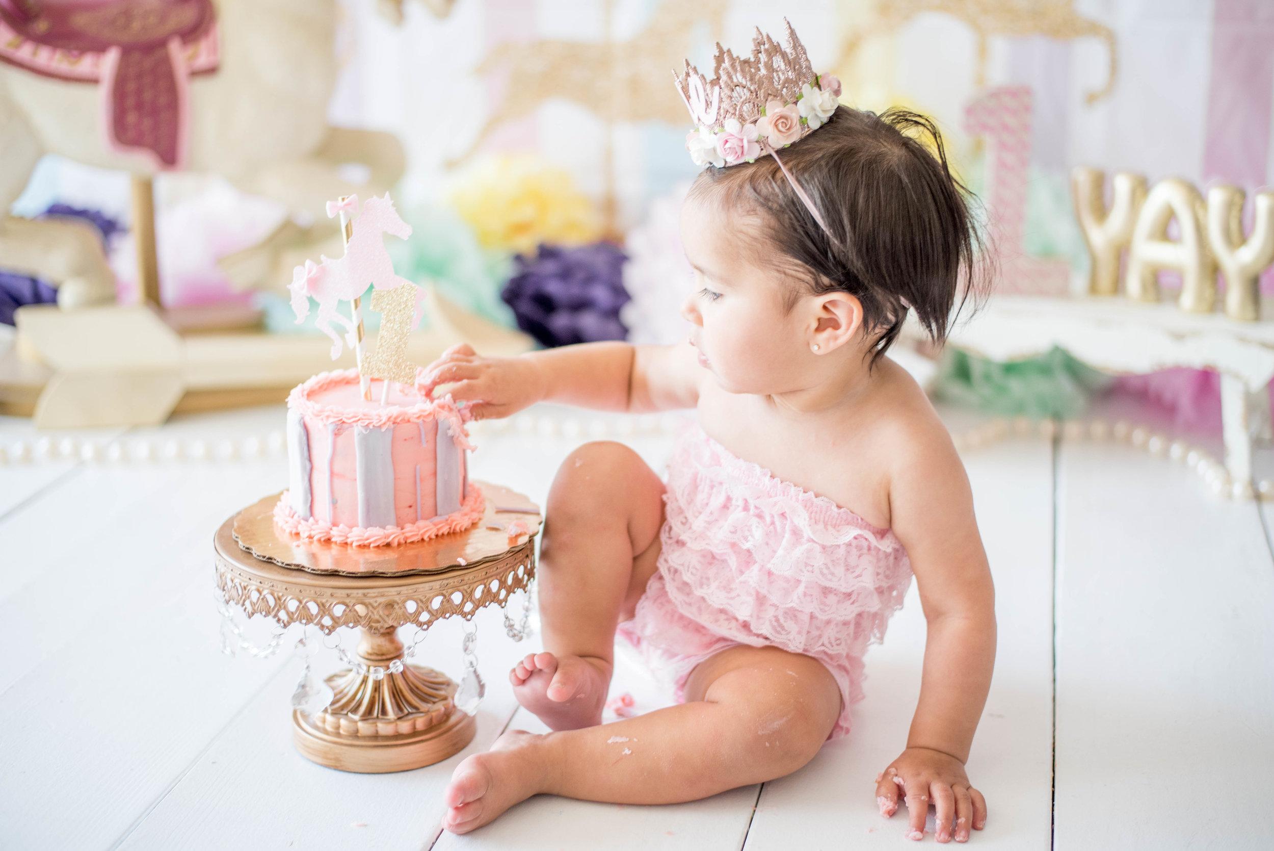 Carousel Cake Smash Photoshoot