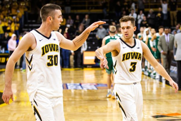 Iowa-Hawkeyes-Free-Pick-amp-CBB-Betting-Prediction-600x400.jpg