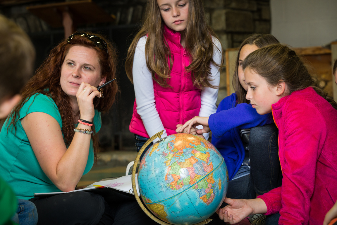 Learning   Starts with a Global Approach