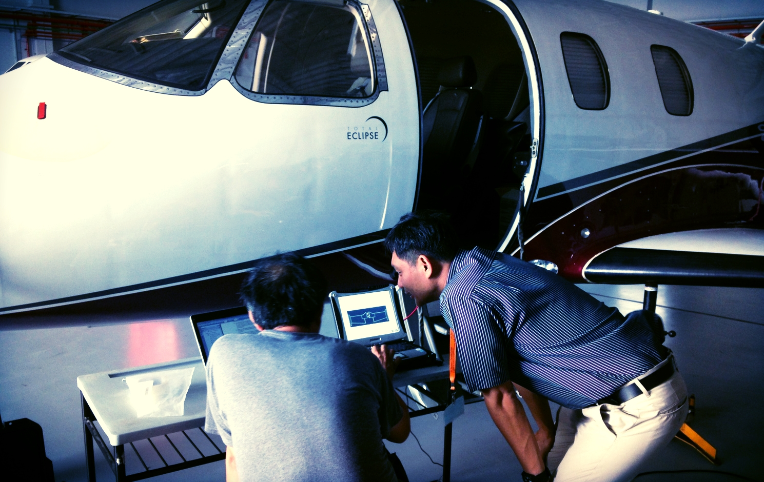 With aircraft on jacks, WOA engineer troubleshoots the world's most technological advanced light jet for rectifications and defect parts replacement for our aircraft owner.