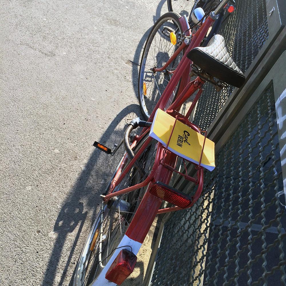 cover bicycle Carl Goes Berlin.jpg