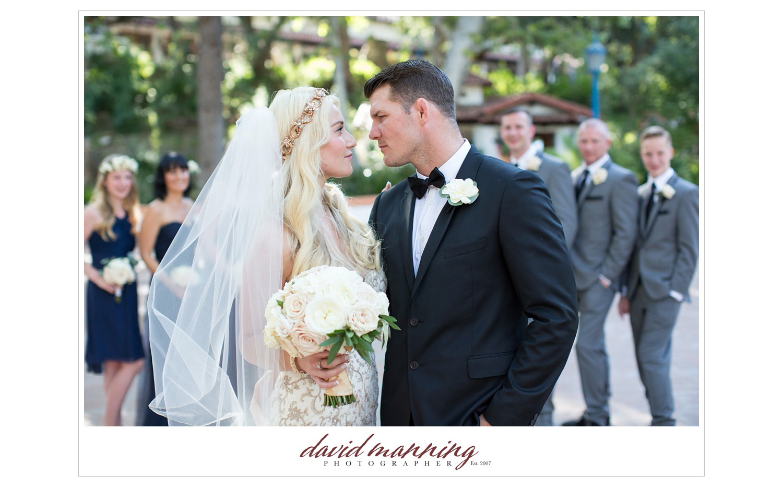 Rancho-Las-Lomas-Michael-Bisping-Wedding-Photos-David-Manning-Photographers-0033.jpg