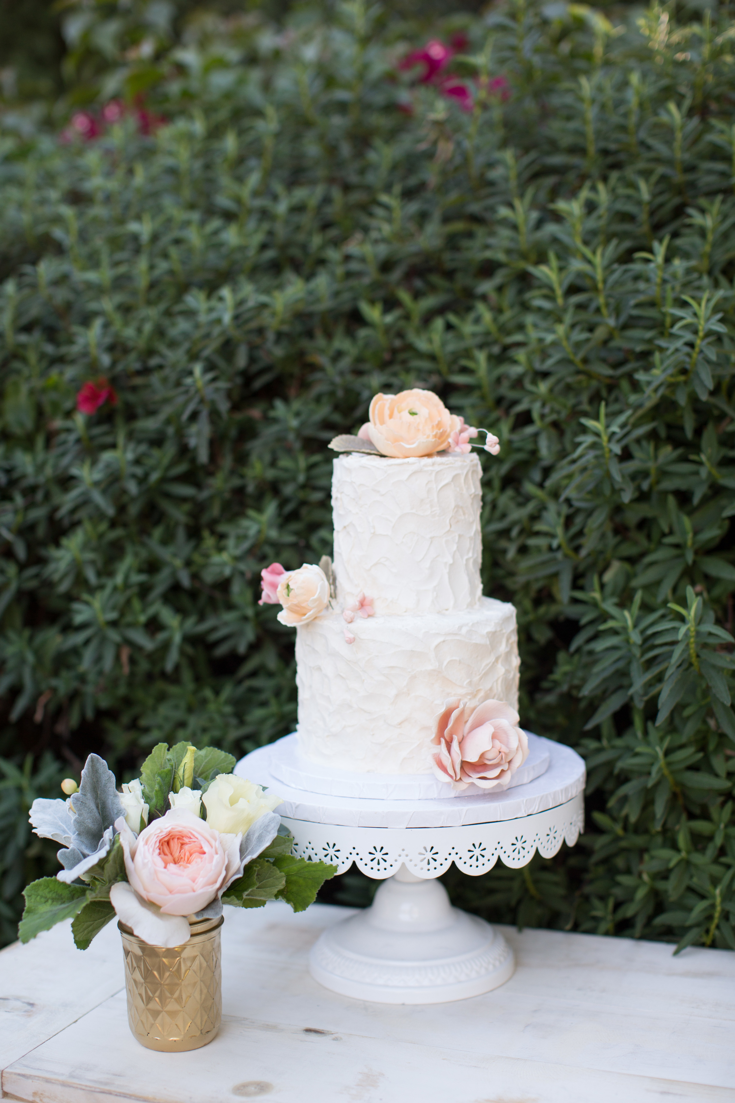 David Manning Photography and Morgan Leigh Boberg wedding cake The Estancia