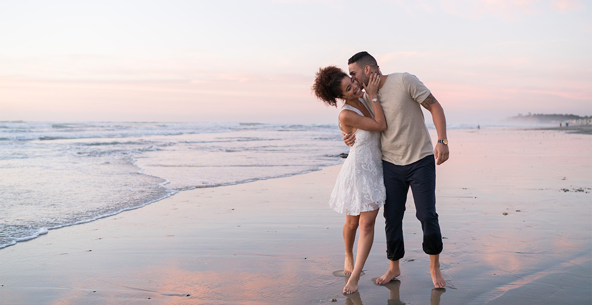 David Manning Photographer Del Mar beach engagement session