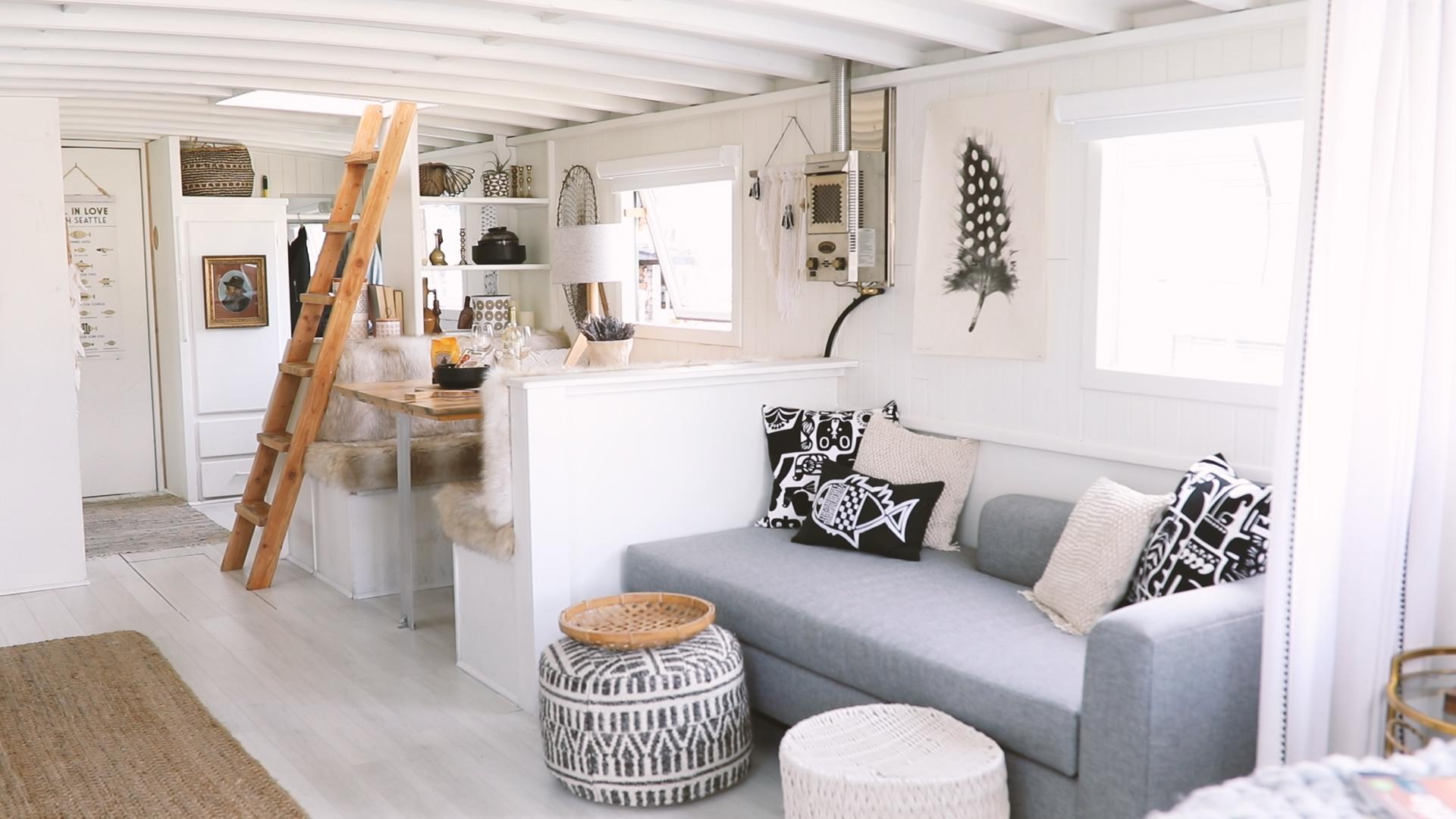 hygee_modern_boathouse_seattle_katherine_mendieta.jpg
