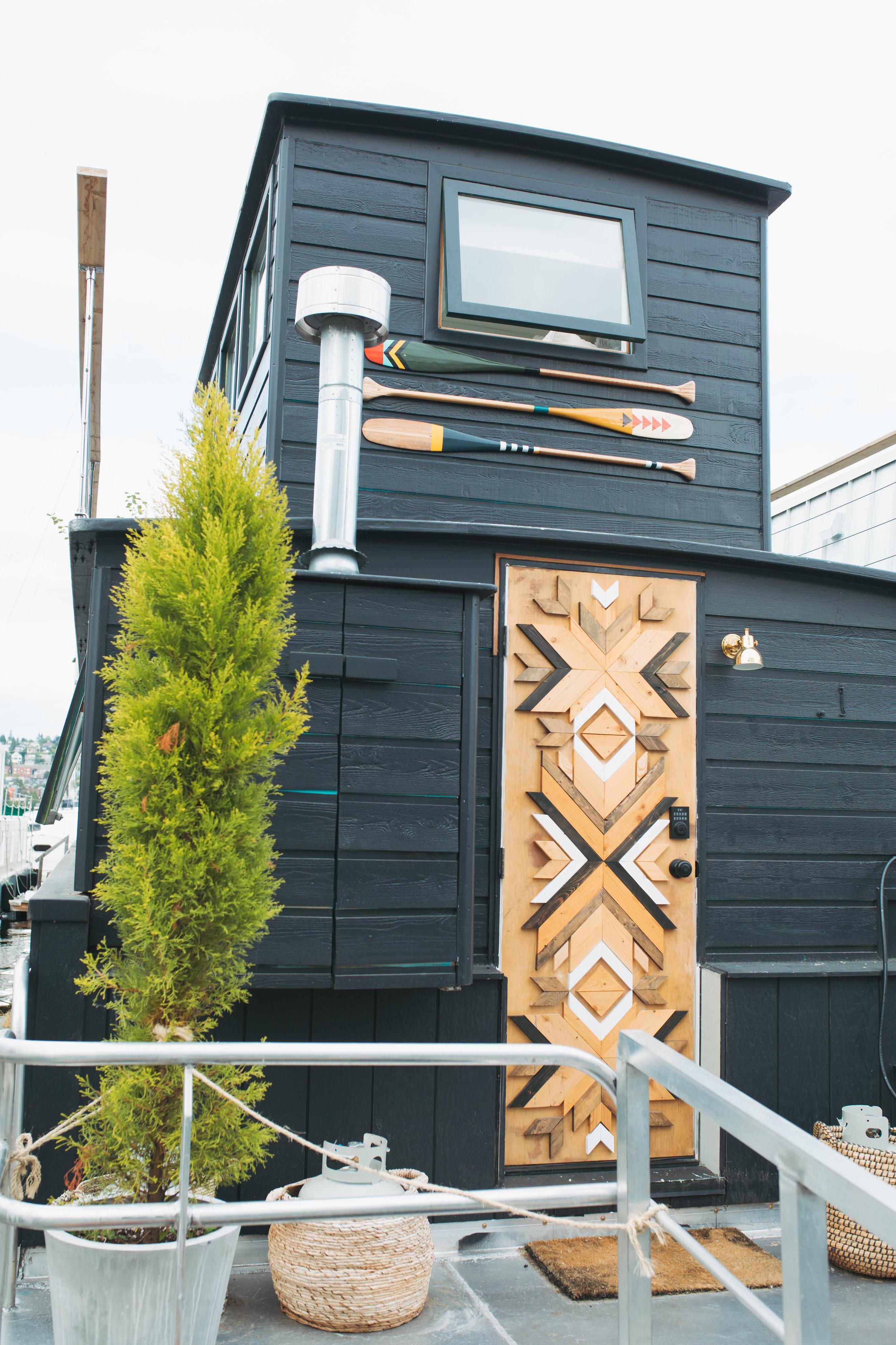 katherine_mendieta_seattle_lakeside_lovenest_houseboat-44.jpg