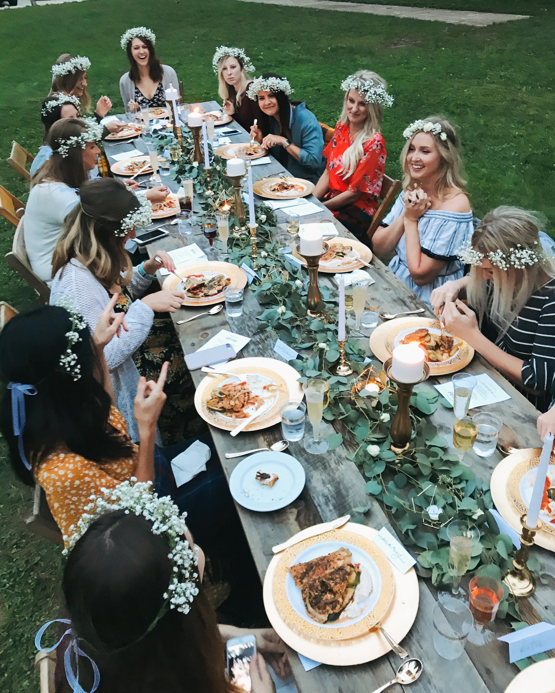 glamping_bachelerette_tablescape_camp_wandawega_dinner.jpg