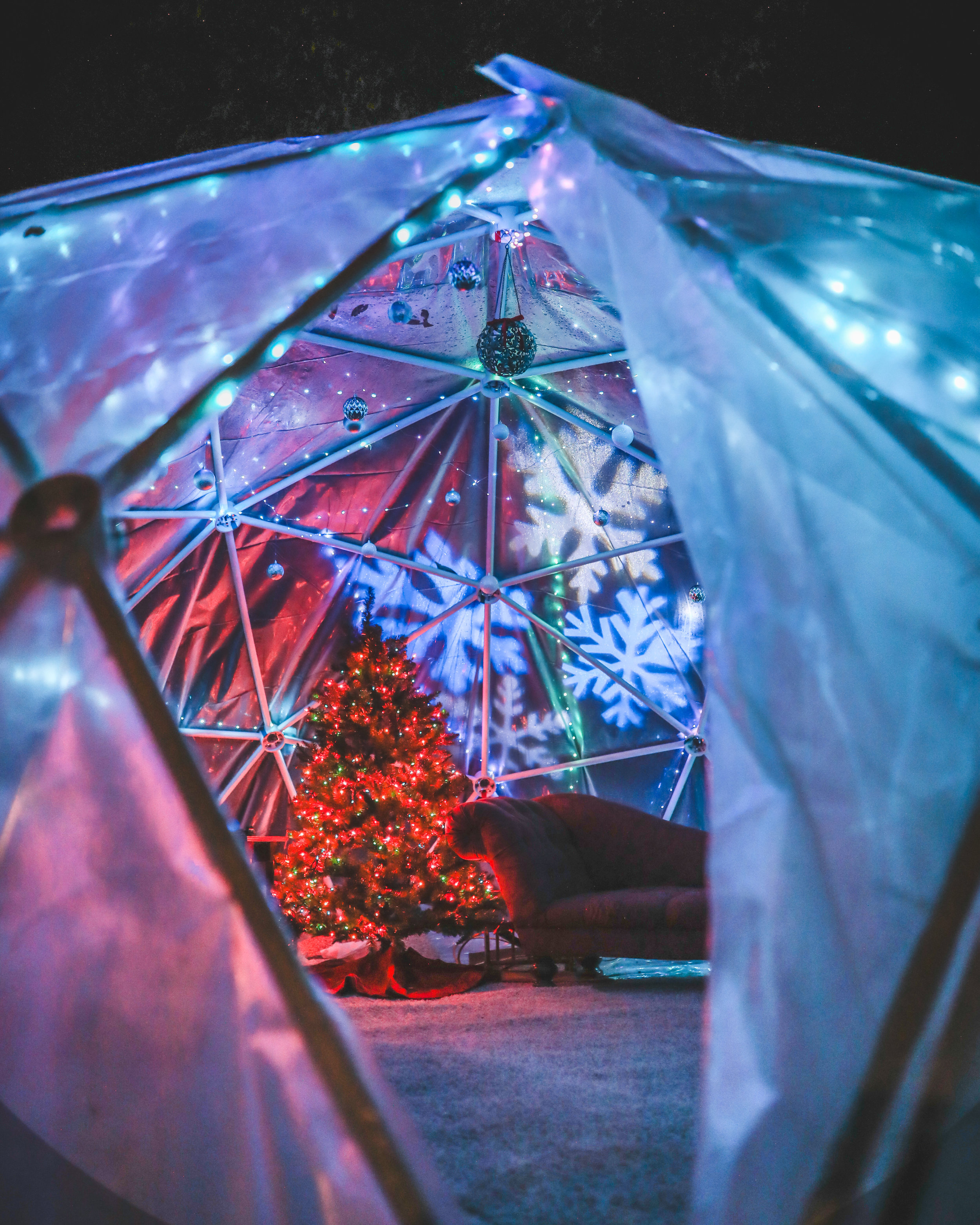 how_to_build_igloo_pvc_lights_holiday_party_instagram.jpg