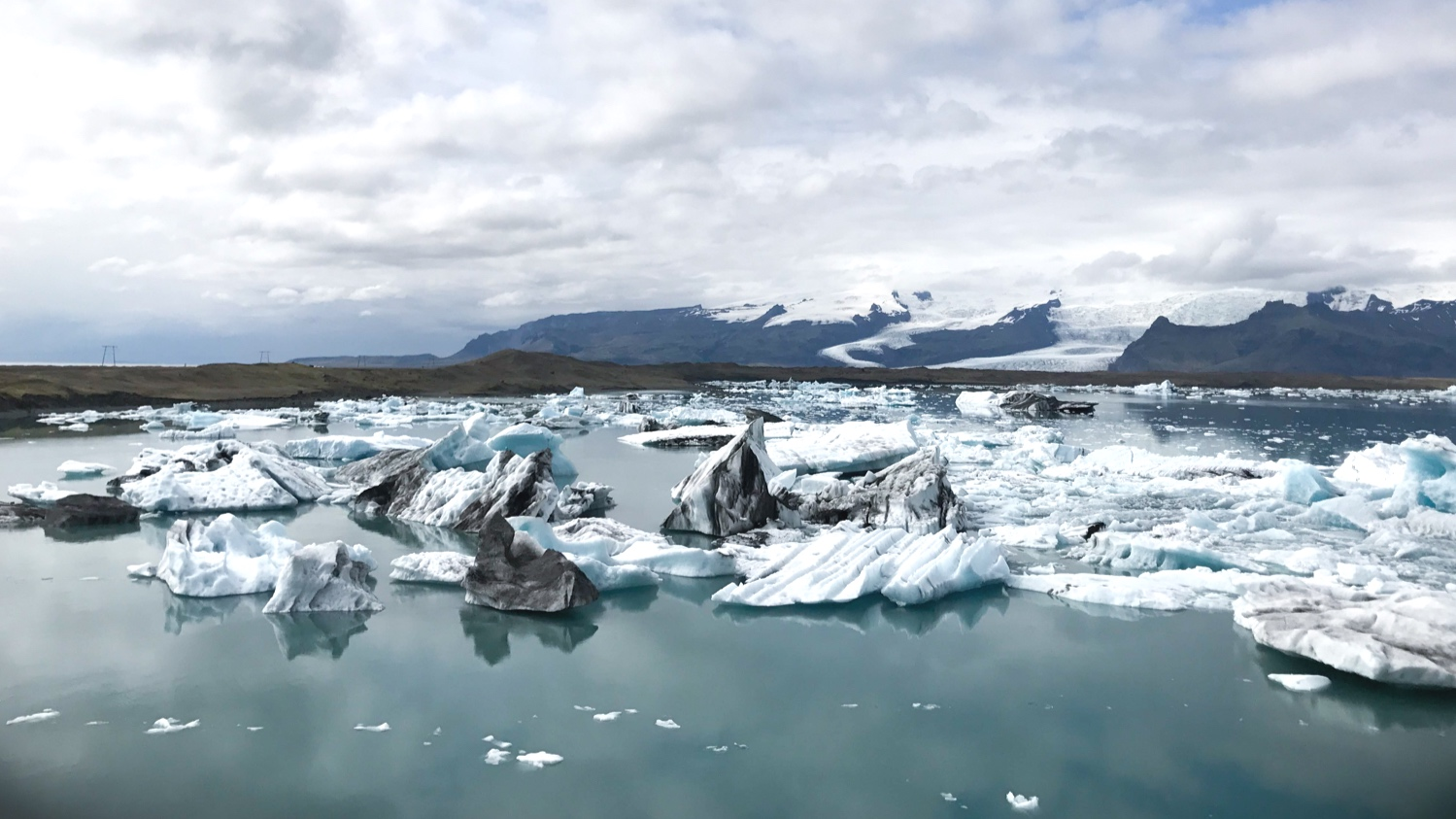 jokulsarlon-glacier-lagoon-diamond-beach-iceland-5.jpg