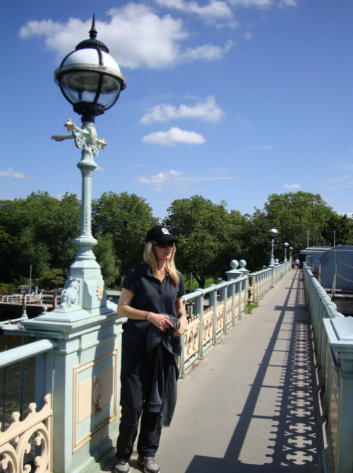 Twickenham footbridge provides beautiful vistas down the river and a panoramic view onto Richmond. (photo - worklondonstyle)