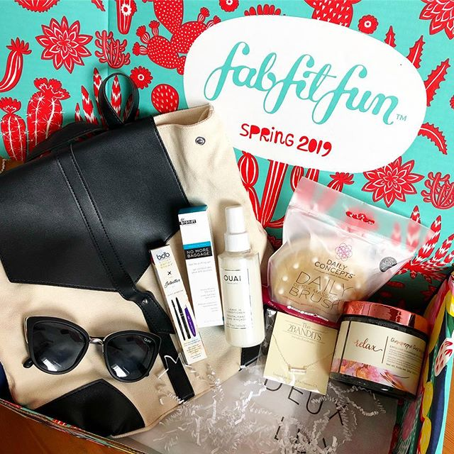 I finally signed up for @fabfitfun box and look at all this awesome stuff I got for $30. 😍 @deuxluxnyc mini backpack @quayaustralia sunnies @the2bandits necklace @dailyconcepts detox brush @mannakadarbeauty scrub @theouai conditioner @drbrandt eye gel @billiondollarbrows jet setter kit!! How is this possible. Get $10 off your first box by clicking the link in my bio! #fabfitfun #fffgiveaway #SoulMatters #MeliaPuntaCanaBeach