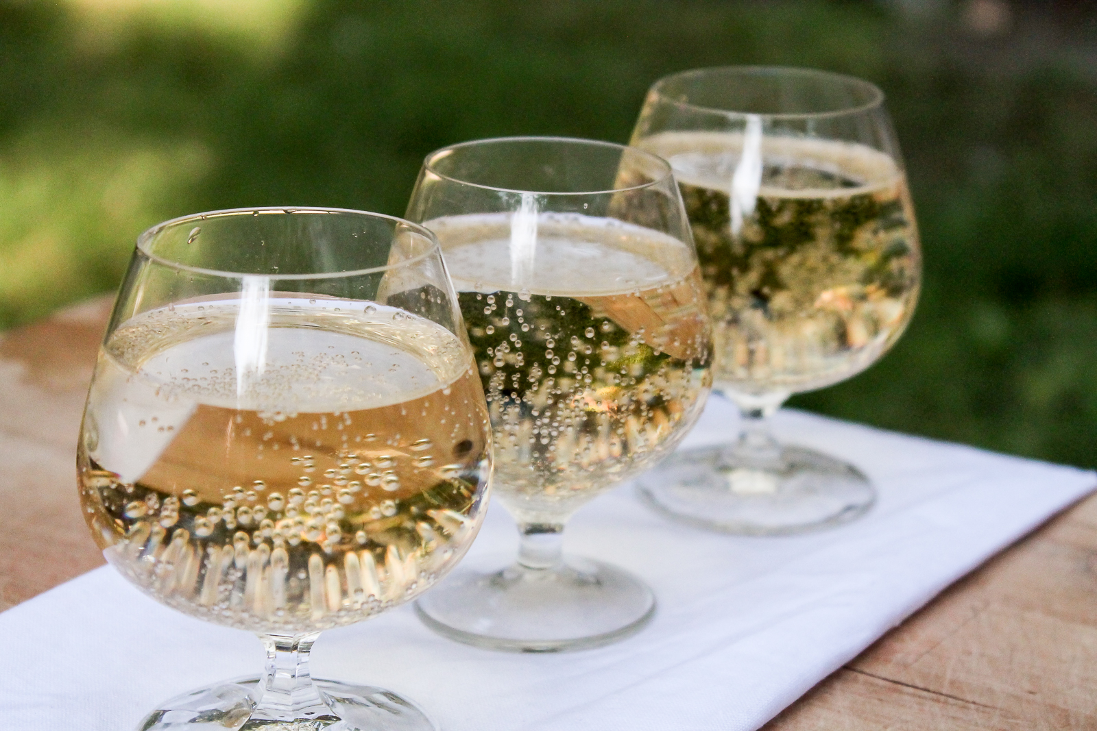 Cider - tasters-3.jpg