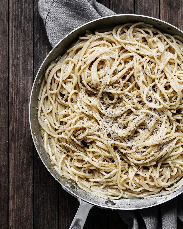 LOVE ON TOP • Baby it's you / You're the one I love / You're the one I need / You're the only one I see... [Doesn't everyone sing love songs to their cacio e pepe?]