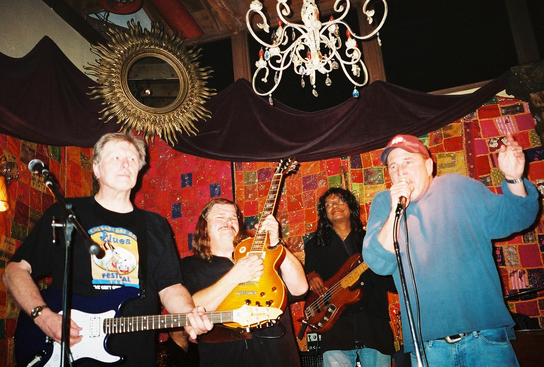 Don Preston, Mike Reilly, Calvin hardy, Poul Perderson