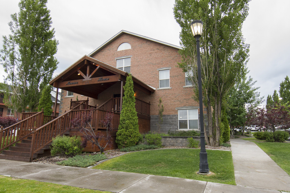 Nauvoo House APARTMENTS - BYU IDAHO APPROVED HOUSING FOR MEN & WOMEN
