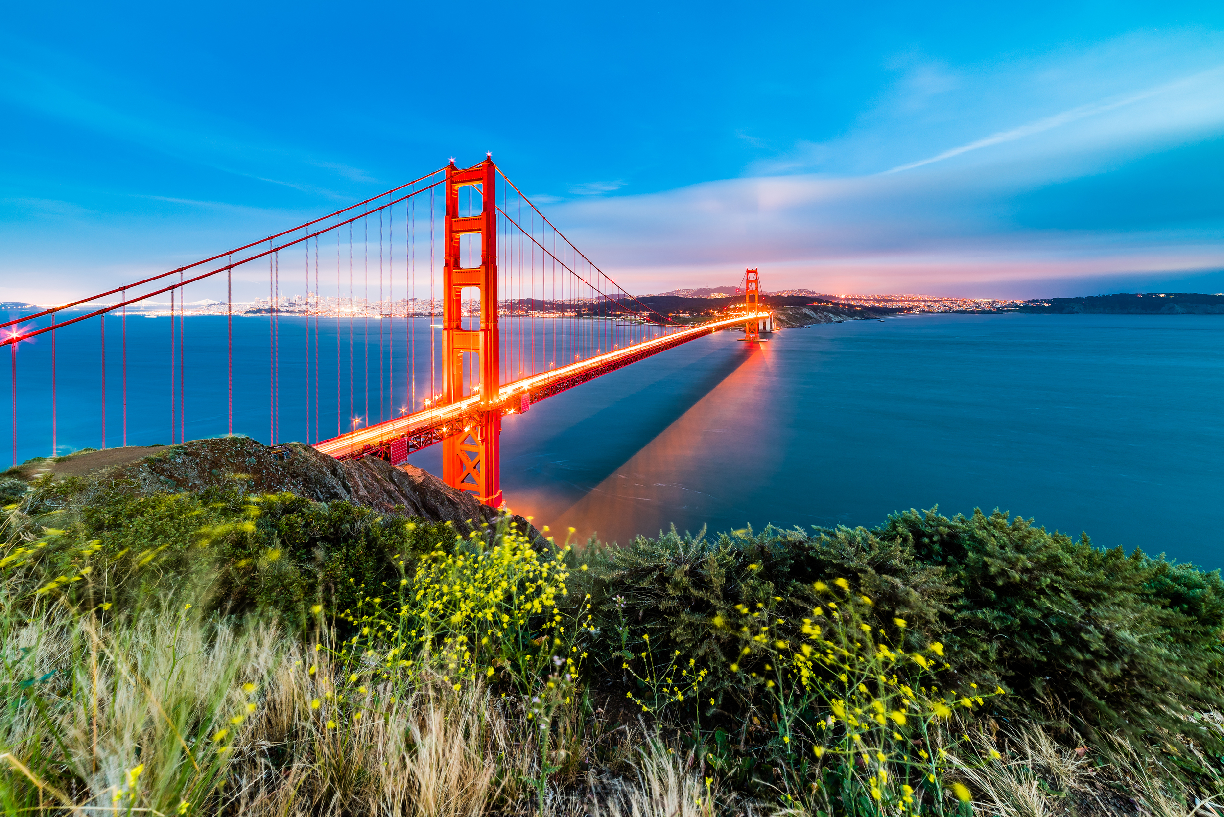 San Fransisco Bridge at sunset during a beautiful transition to the blue hour.